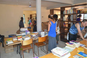 Links Across Borders' International Community Development Students from Toronto helping to set up our first library in Ghana